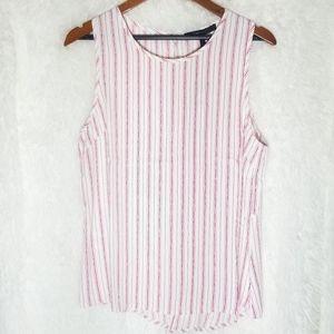 🍁🍁BCBG MAXAZRIA sleeveless bottoms down shirt